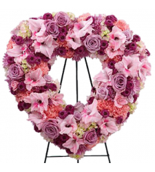 send Picture-Perfect Heart Wreath To Cebu