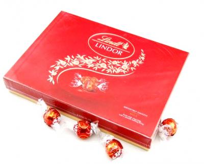 Send Lindt Lindor Milk Chocolate 168g to Cebu Philippines
