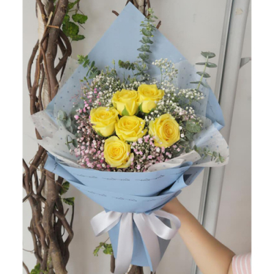 send half dozen yellow color roses in bouquet to cebu