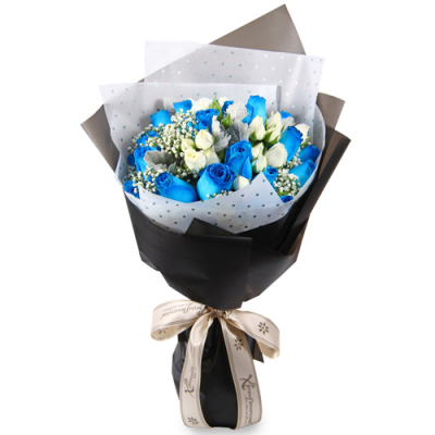 send white and blue rose bouquet to cebu