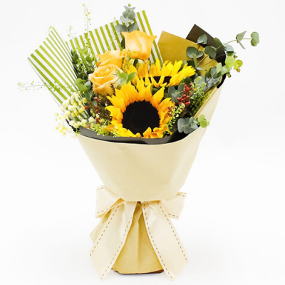 3 Yellow Roses and 2 Sunflower in Bouquet