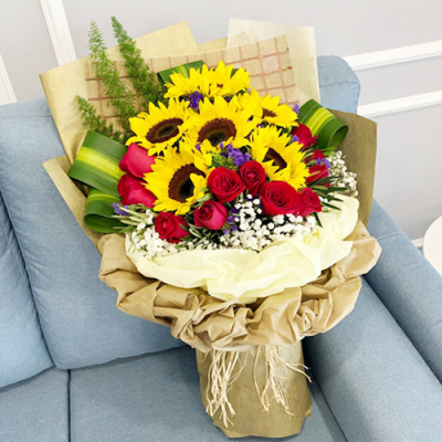 send 12 roses with 7 sunflower in bouquet to cebu